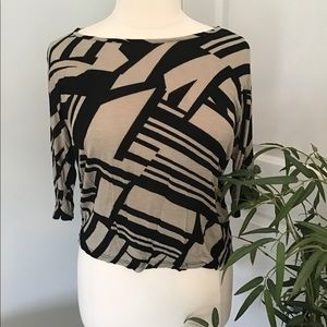 ANNABELLE top in black and tan w/geometric pattern